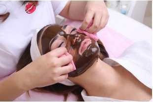 maschera viso cioccolato
